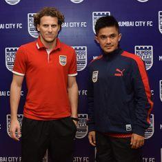 Mumbai City's Sunil Chhetri, Diego Forlan bat for longer,unified league as Indian football's future