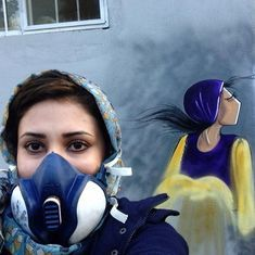 Watch how a female graffiti artist is spray painting messages of hope on the walls of Kabul.