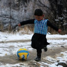 Video: Lionel Messi has finally met the six-year-old Afghan boy who became a viral sensation