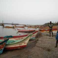 Cyclone Vardah: Damaged boats and demonetisation leave Chennai's fisherfolk at sea
