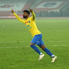 ISL 2016: Kerala Blasters beat Delhi Dynamos on penalties to book place in final