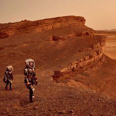 एक लाख से भी ज्यादा भारतीयों द्वारा मंगल का टिकट कटाने सहित दिन के बड़े समाचार