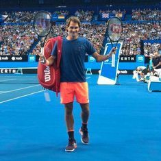 Watch: Over 6,000 fans flock to see Roger Federer practise in Perth for Hopman Cup