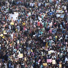 'Preserve our tradition': Thousands gather on Chennai's Marina beach to protest jallikattu ban