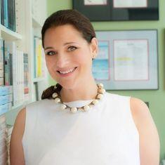Even if Jonathan Franzen dislikes Jennifer Weiner's work, he might approve of her memoir