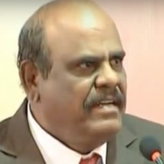Justice CS Karnan orders issuance of non-bailable warrants against CJI, six other SC judges