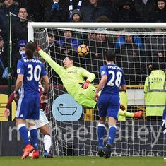 Watch: Robbie Brady's spectacular free kick helps Burnley hold Chelsea, Leicester's slump continues