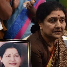 TN crisis: Sasikala to hold meetings with MLAs tonight ahead of SC verdict in illegal assets case