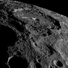 Scientists say dwarf planet Ceres has organic compounds, may be able to host life