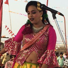 The erotic Bhojpuri song and the news headline that inspired 'Anaarkali of Aarah'