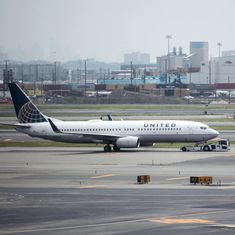 United Airlines forces couple bound for wedding off their flight
