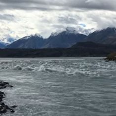 Climate change: Melting glacier causes Canadian river to disappear in four days