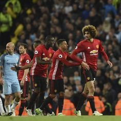 Manchester Derby ends in goalless draw as Fellaini is sent off