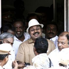Tamil Nadu: 19 AIADMK legislators who support Dinakaran urge governor to remove CM Palaniswami
