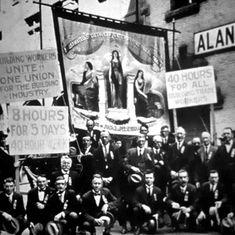 मई दिवस : सिर्फ आठ घंटे काम की उस मांग ने पूंजीवाद को हिलाया और कालजयी साहित्य भी बनाया