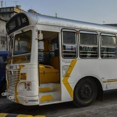 Watch a Mumbai BEST bus being painted its iconic red (never mind the white and yellow upstarts)
