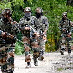 जम्मू-कश्मीर : अलकायदा से जुड़े तीन आतंकी मारे गए, चौथे की तलाश जारी