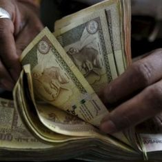 Unusual cash deposits of Rs 1.7 lakh crore made during demonetisation, reveals RBI research paper