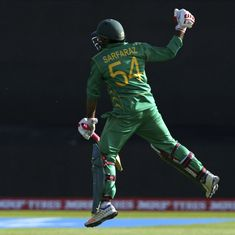 Pakistan edge a nail-biter, win by three wickets to knock Sri Lanka out