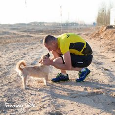 Watch: A marathoner finds an unlikely friend in a cold desert. They bag a book and a film deal