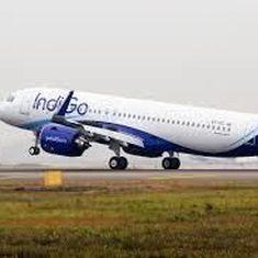 विमान के भीतर मच्छर काटने की शिकायत करने पर इंडिगो ने डॉक्टर को नीचे उतारा