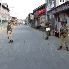 Kashmir: Protestors clash with police near Burhan Wani's hometown, curfew imposed in Tral