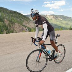 Meet Srinivas Gokulnath, the first Indian to finish the toughest cycling race in the world