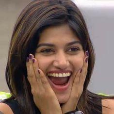 Tears flow as Oviya leaves Tamil 'Bigg Boss' house
