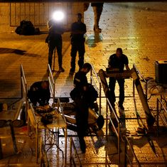 Israel removes controversial metal detectors at entrance of Jerusalem's Old City holy compound