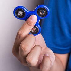 फिजिट स्पिनर : बच्चों का खिलौना जिसकी लत बड़ों को भी लग गयी है