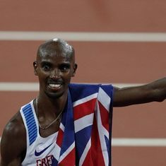 Mo Farah prepares for first major marathon win with record fifth Great North Run triumph