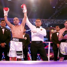 Olympians Akhil Kumar, Jitender Kumar start professional career with knock-out wins
