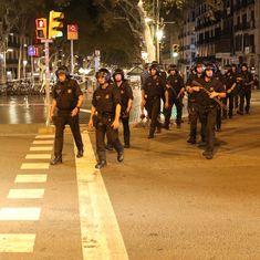 स्पेन में हुए आतंकी हमले में 13 लोगों की मौत सहित आज के अखबारों की प्रमुख सुर्खियां