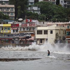 Typhoon Hato hits Hong Kong, over 400 flights cancelled, stock market suspended