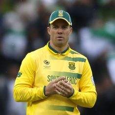 'Superman hangs his cape up': Twitter left gasping as de Villiers calls time on international career