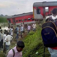 Railways asks public to submit proof to help its inquiry into Kaifiyat Express derailment