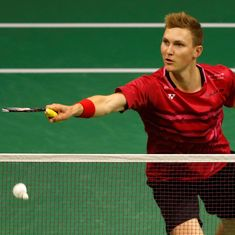 Viktor Axelsen avenges Olympic semi-final loss against Chen Long to reach Worlds final