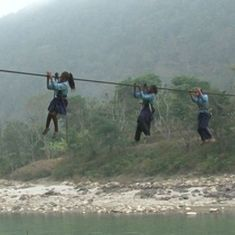 Video: Children in this village in Nepal are forced to cross a river by a cable to go to school