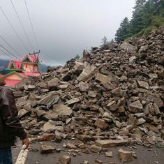 Watch: Landslide hits Chandigarh-Shimla National Highway, buries vehicles