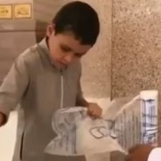 Caught on camera: A little boy offers help for Haj pilgrims with a simple act of kindness
