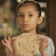 Watch: This ad 'celebrates' a little girl successfully making her first 'round roti'