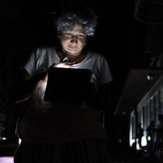 Six days since Hurricane Maria hit, Puerto Rico still without power, faces food and water shortage