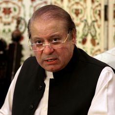 Pakistan: Nawaz Sharif's lawyers quit graft trial in protest against top court fixing time limit