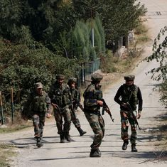 जम्मू-कश्मीर : बीएसएफ कैंप पर आत्मघाती हमला, एक जवान शहीद, सभी तीन आतंकी मारे गए