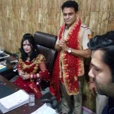 थाने में राधे मां के इस वीआईपी स्वागत ने दिल्ली पुलिस को कटघरे में खड़ा कर दिया है