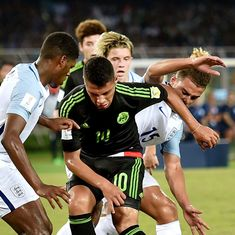 Fifa U-17 World Cup: England pip Mexico to seal last 16 berth
