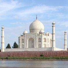 उत्तर प्रदेश : आखिरकार 2018 के सरकारी कैलेंडर में ताज महल को जगह मिल ही गई!