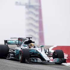 Record-setting Hamilton dominates struggling Vettel in United States Grand Prix practice
