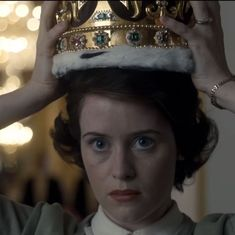 Claire Foy to be replaced by Olivia Colman in new season of 'The Crown'