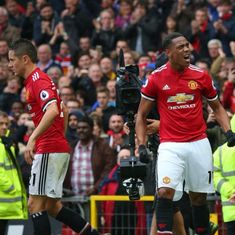 Substitute Anthony Martial nicks late winner for Manchester United against Tottenham Hotspur